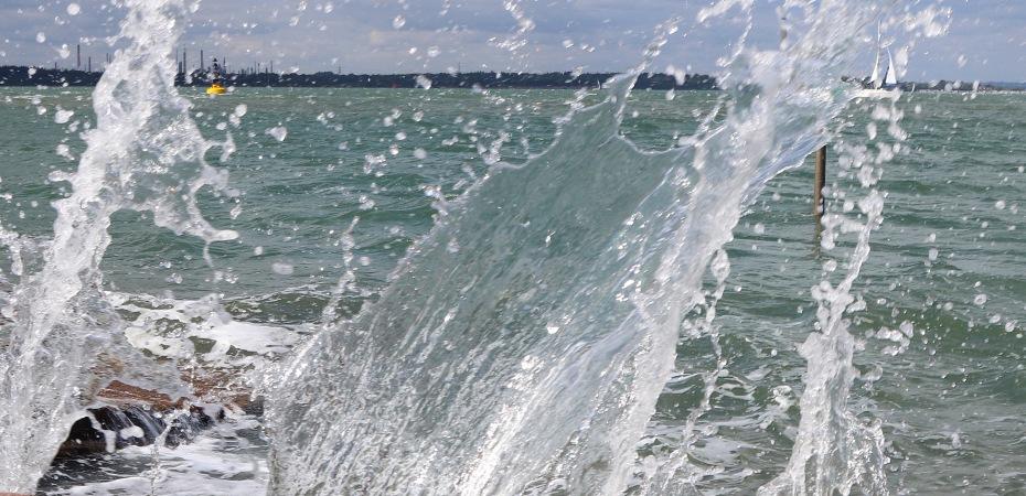 wave, waves, sea swimming, wild swimming, laughing swimmers, orange hat ladies
