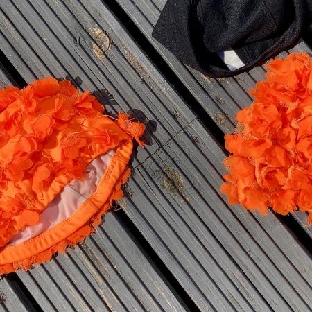 orange hat ladies, se swimming, swimming women, swim blog
